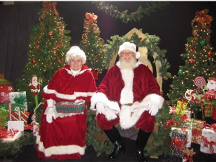 Santa-Mrs-Claus